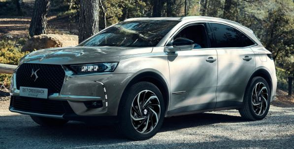 DS 7 Crossback E-Tense 4×4